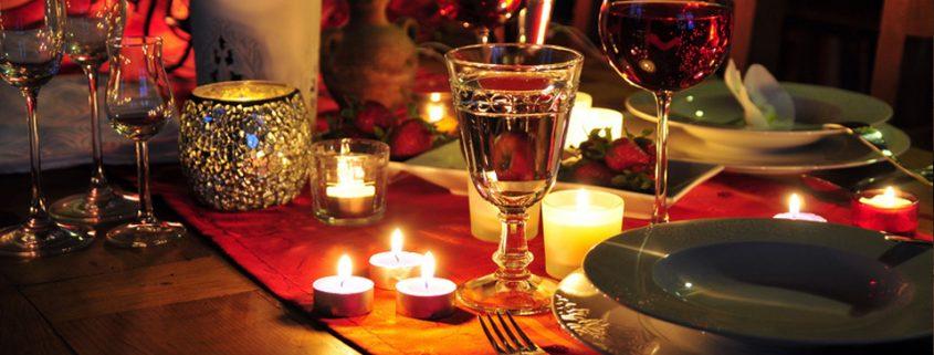 Ein Gespraech zwischen Zuendholz und Kerze