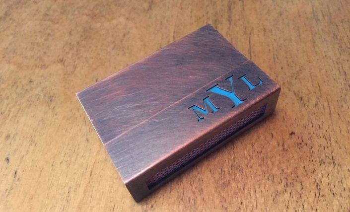 Individuelle Streichholzschachtel-Hülle aus Kupfer