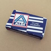 ALDI Kaminholzschachtel mit 50 Stück Inhalt