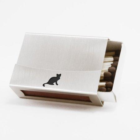 Streichholzschachtel - Huelle aus Edelstahl mit schwarzer Katze